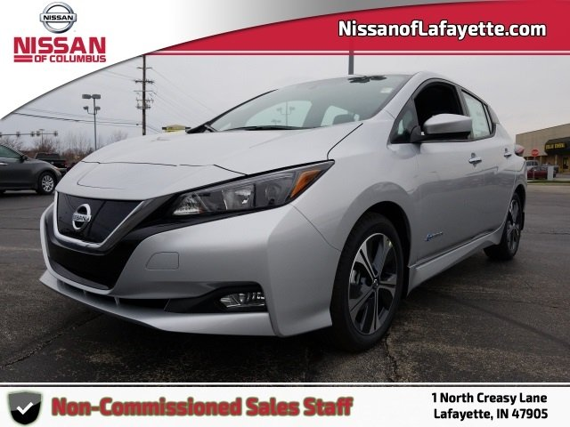 2018 Nissan LEAF SV photo