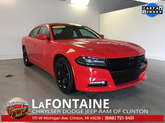 2016 Dodge Charger R/T photo