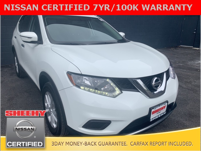 2016 Nissan Rogue and