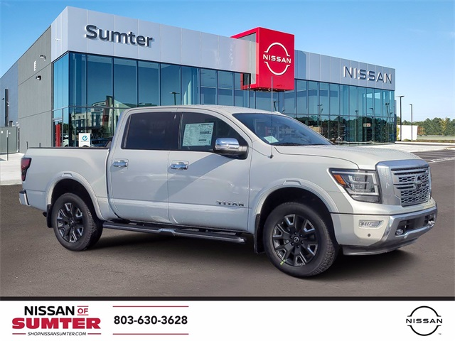 2021 Nissan Titan  photo