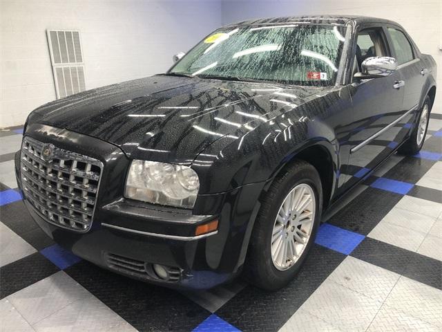 2010 Chrysler 300 Touring photo