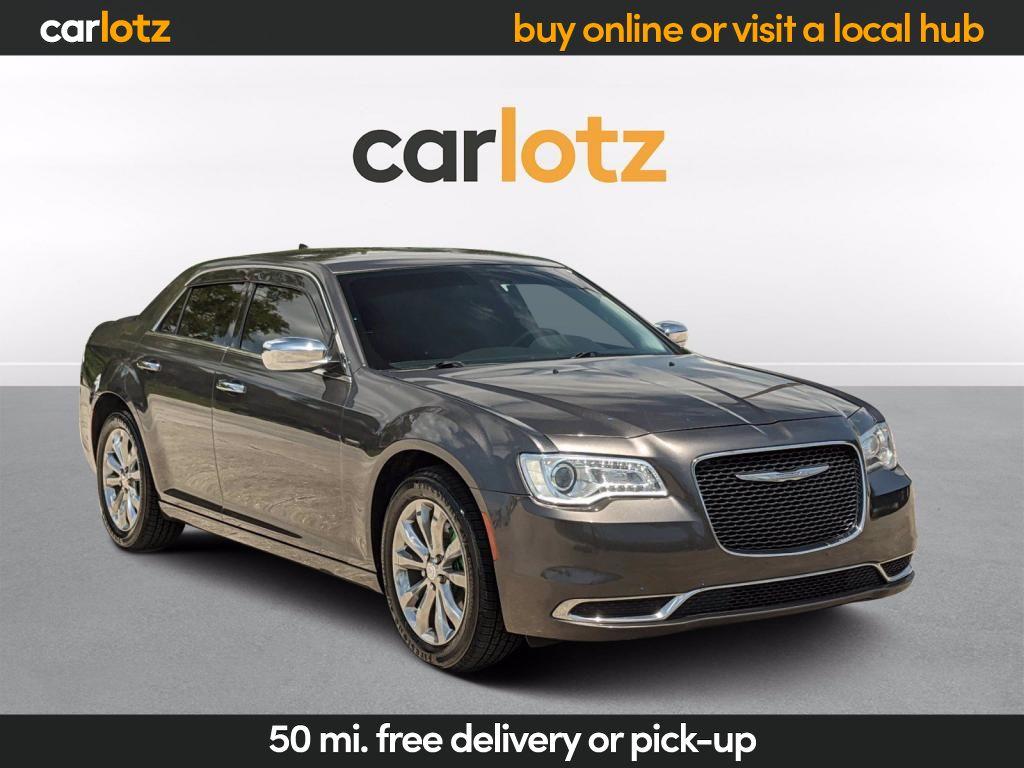 2015 Chrysler 300 photo