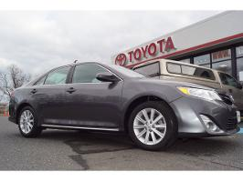 2013 Toyota Camry 4dr Sdn I4 Auto XLE