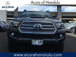 2017 Toyota Tacoma TRD Sport Double Cab 5' Bed V6 4x2